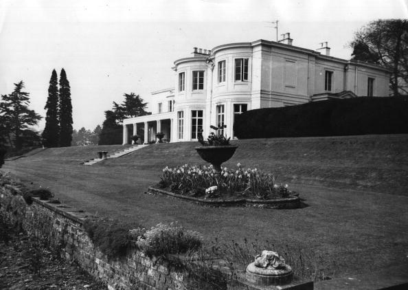 Mansion「Lennon's New House」:写真・画像(4)[壁紙.com]