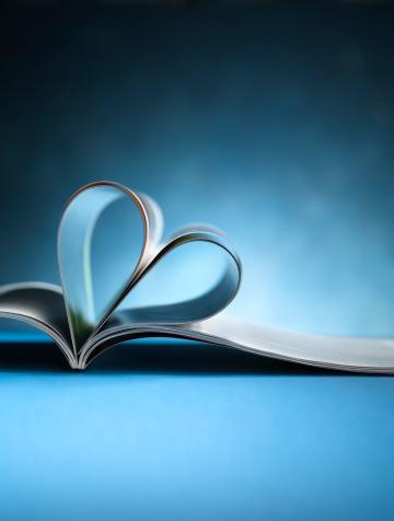 ハート「雑誌や書籍、ハート型」:スマホ壁紙(15)