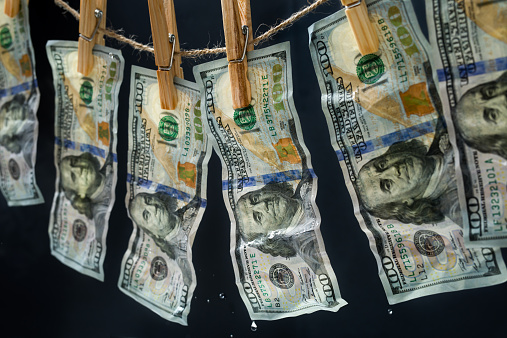 Photography Themes「Laundered dollars hanging on a rope」:スマホ壁紙(15)