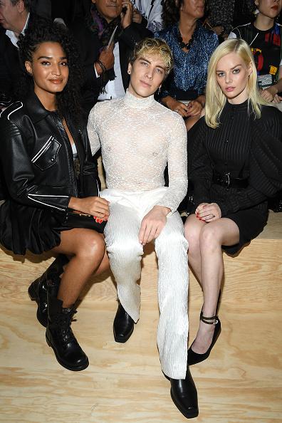Spring Collection「Louis Vuitton : Front Row - Paris Fashion Week - Womenswear Spring Summer 2020」:写真・画像(9)[壁紙.com]