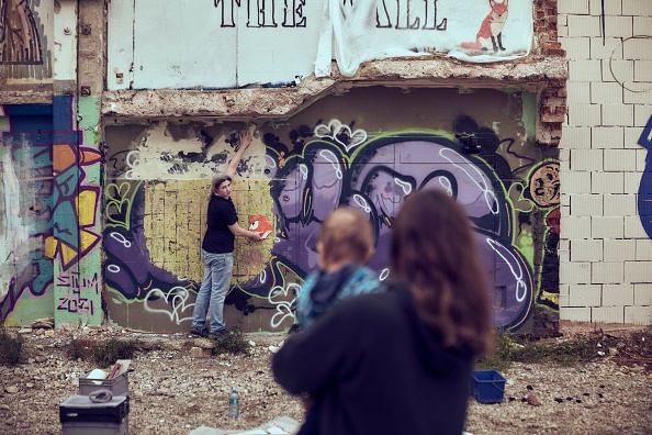 Adam Pretty「Hands Off The Wall - Female Street Art Festival」:写真・画像(5)[壁紙.com]