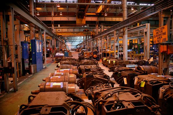 検疫「Traction motors awaiting attention in the quarantine area at Alstom Traincare's Springburn depot in Glasgow. June 2005」:写真・画像(10)[壁紙.com]