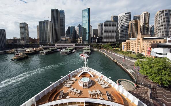 Passenger Craft「Seabourn Encore Visits Sydney Harbour」:写真・画像(11)[壁紙.com]