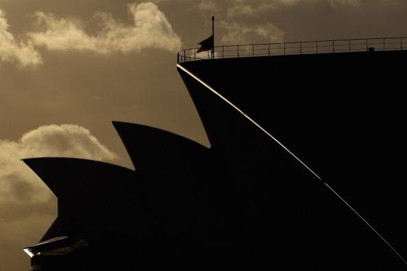 シドニー「Queen Mary 2 Berths At Circular Quay」:写真・画像(9)[壁紙.com]