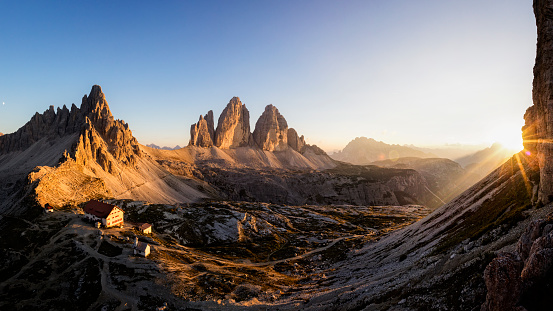 European Alps「Tre Cime di Lavaredo at Sunset , Dreizinnenhütte - Rifugio Antonio Locatelli」:スマホ壁紙(7)