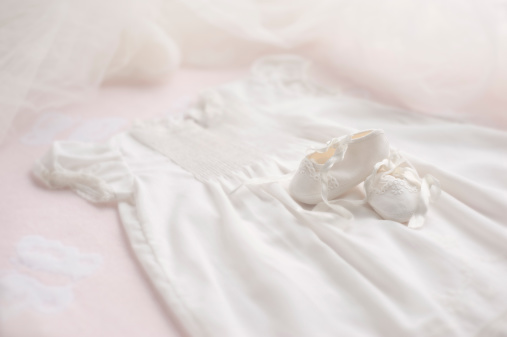 Female Likeness「Baptism Gown with Booties & bonnet」:スマホ壁紙(3)