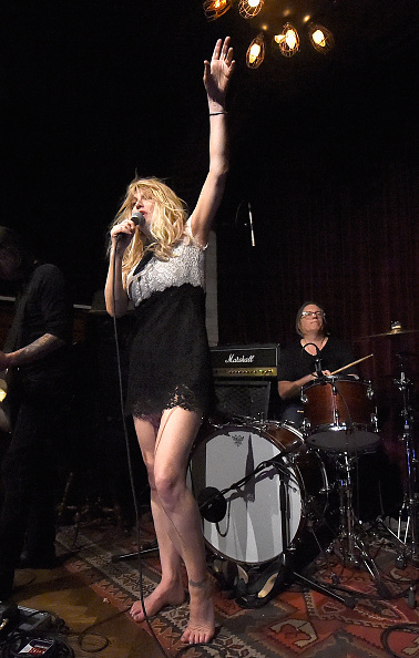 Courtney Love「Linda Perry Celebration For The Song 'Hands Of Love' From The Film 'Freeheld'」:写真・画像(8)[壁紙.com]