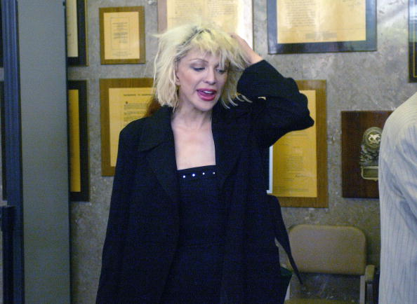 Adults Only「Courtney Love Arrives In Court」:写真・画像(9)[壁紙.com]