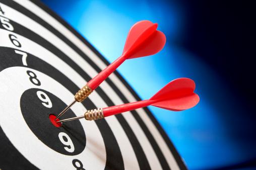 Efficiency「Darts on target」:スマホ壁紙(5)
