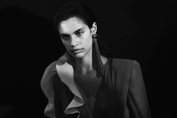Summer Collection「Emmanuel Ungaro : Backstage - Paris Fashion Week Womenswear Spring/Summer 2017」:写真・画像(15)[壁紙.com]