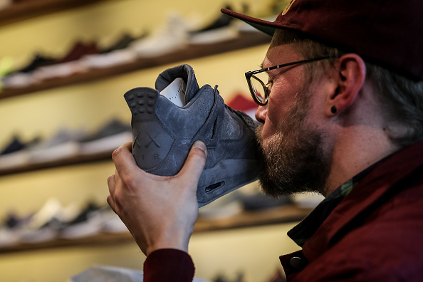 Sports Shoe「For Sneaker Fans Limited Production Shoes Are Worth A Five-Day Wait」:写真・画像(0)[壁紙.com]