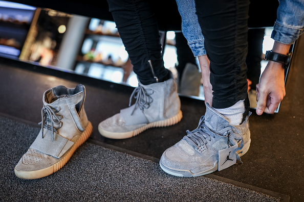 Sports Shoe「For Sneaker Fans Limited Production Shoes Are Worth A Five-Day Wait」:写真・画像(12)[壁紙.com]