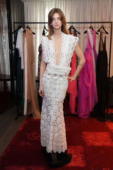 Lace Dress「Aelis Presentation - Haute Couture Spring/Summer 2021 Collection - Paris Fashion Week」:写真・画像(0)[壁紙.com]