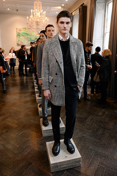 Hardy Amies - Presentation - London Collections Men AW16:ニュース(壁紙.com)