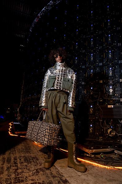 Waffled「Balmain : Photo Shoot - Paris Fashion Week Womenswear Fall/Winter 2021/2022」:写真・画像(8)[壁紙.com]