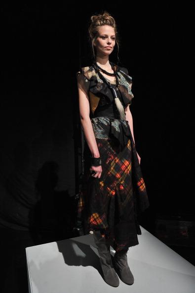 Stephen Lovekin「Mercedes-Benz Fashion Week Fall 2012 - Official Coverage - Best Of Runway Day 2」:写真・画像(16)[壁紙.com]