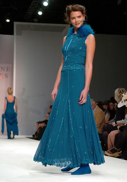 Stuart C「London Fashion Week - Caroline Charles」:写真・画像(13)[壁紙.com]