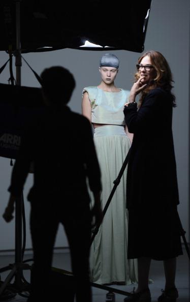 Michael Loccisano「Sally Lapointe - Backstage - Spring 2012 Mercedes-Benz Fashion Week」:写真・画像(4)[壁紙.com]