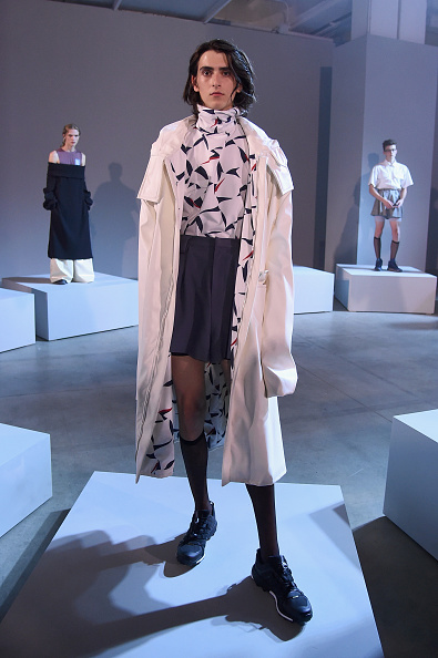 Bermuda Shorts「Raun Larose - Presentation - NYFW: Men's July 2017」:写真・画像(8)[壁紙.com]
