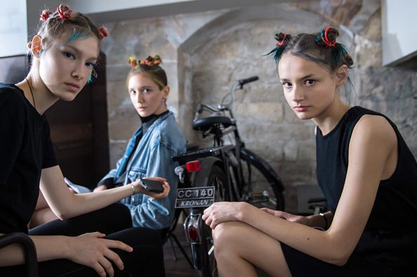 Ian Gavan「Ground Zero : Backstage - Paris Fashion Week Womenswear Spring/Summer 2015」:写真・画像(18)[壁紙.com]