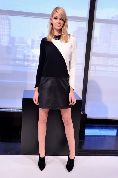 Stephen Lovekin「Raoul - Prestentation - Mercedes-Benz Fashion Week Fall 2014」:写真・画像(9)[壁紙.com]