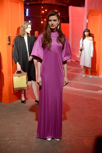 紫「Theater Products - Presentation - February 2017 - New York Fashion Week: The Shows」:写真・画像(16)[壁紙.com]