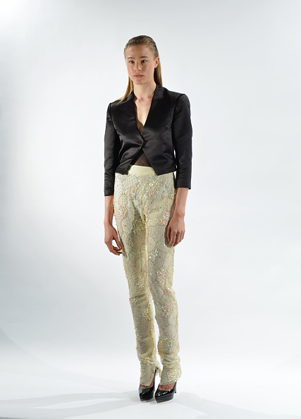 White Background「David Tlale - Presentation - Mercedes-Benz Fashion Week Spring 2014」:写真・画像(5)[壁紙.com]