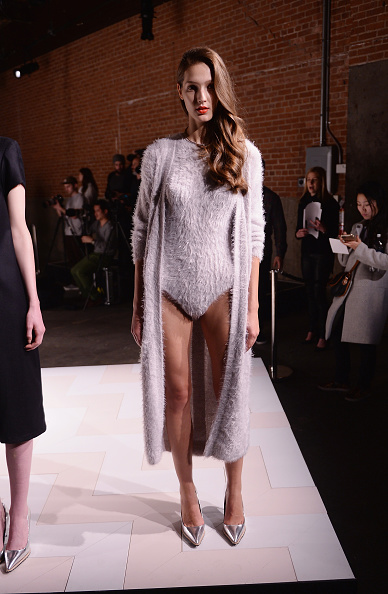 Stephen Lovekin「Kaelen - Presentation - Mercedes-Benz Fashion Week Fall 2015」:写真・画像(11)[壁紙.com]