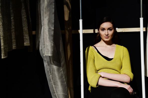 Atmospheric Mood「Ayse Deniz Yegin: Backstage - MBFWI Presented By American Express Fall/Winter 2014」:写真・画像(10)[壁紙.com]