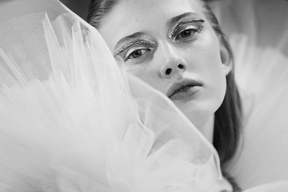 オートクチュール「Viktor & Rolf : Backstage - Paris Fashion Week - Haute Couture Spring Summer 2017」:写真・画像(19)[壁紙.com]