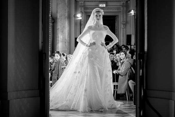 Francois Durand「Georges Hobeika : Alternative Views - Paris Fashion Week - Haute Couture F/W 2016-2017」:写真・画像(1)[壁紙.com]