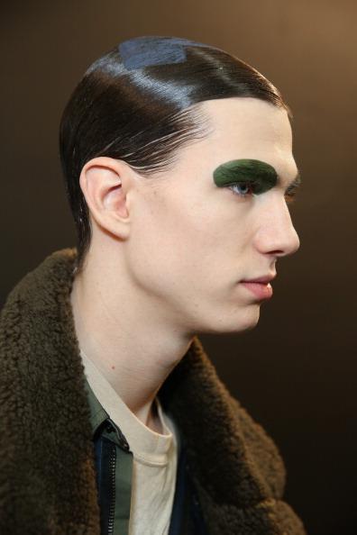 Eyeshadow「Siki Im - Backstage - Fall 2013 Mercedes-Benz Fashion Week」:写真・画像(12)[壁紙.com]