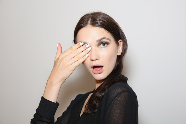 ファッションモデル「Marissa Webb - Backstage - Spring 2016 MADE Fashion Week」:写真・画像(4)[壁紙.com]