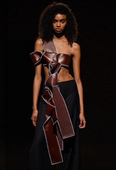 Three Quarter Length「Claudia Li - Presentation - Fall 2016 New York Fashion Week」:写真・画像(19)[壁紙.com]