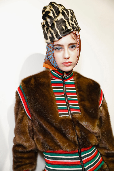 Tristan Fewings「Stella Jean - Backstage - Milan Fashion Week Fall/Winter 2017/18」:写真・画像(14)[壁紙.com]