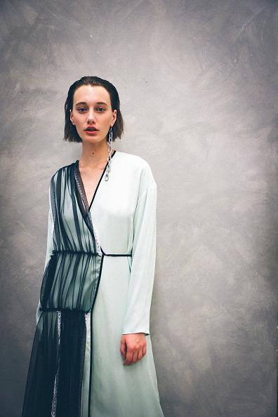 ドロップイヤリング「Colour Alternative View - Milan Fashion Week Spring/Summer 2019」:写真・画像(7)[壁紙.com]