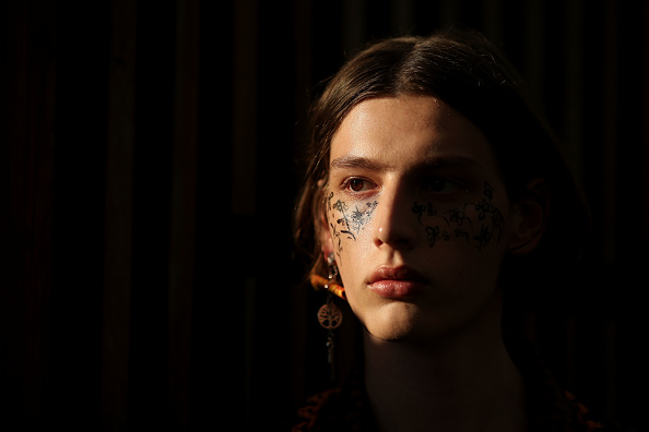 Ornamental Garden「Double Rainbouu - Backstage - Mercedes-Benz Fashion Week Australia 2019」:写真・画像(5)[壁紙.com]