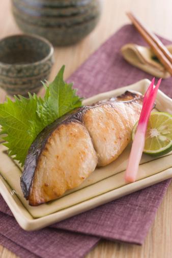 Sake「Grilled Japanese Spanish Mackerel Marinated with Saikyo-miso」:スマホ壁紙(2)