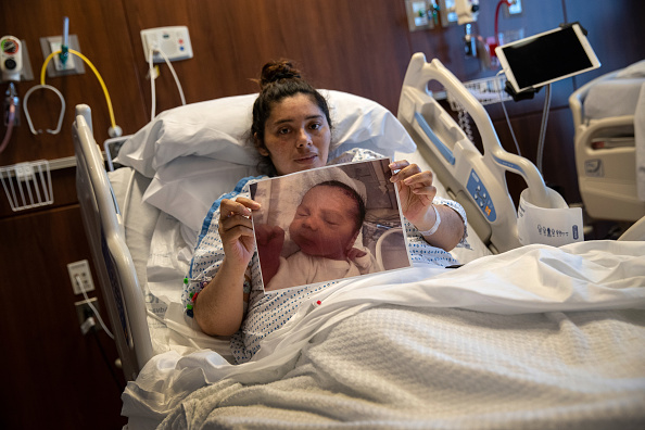 Stamford - Connecticut「Immigrant Mother And Family Suffer With COVID-19 As Teacher Cares For Their Healthy Newborn」:写真・画像(10)[壁紙.com]