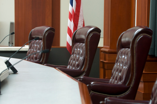 Utah「Modern Courtroom Judges' Seats at Bench in Medium Wide Angle」:スマホ壁紙(3)