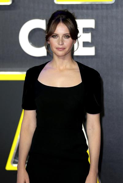 """スター・ウォーズ・シリーズ「""""Star Wars: The Force Awakens"""" - European Film Premiere - Red Carpet Arrivals」:写真・画像(2)[壁紙.com]"""