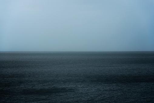 雨「USA, Florida, Naples, Storm clouds over sea」:スマホ壁紙(5)