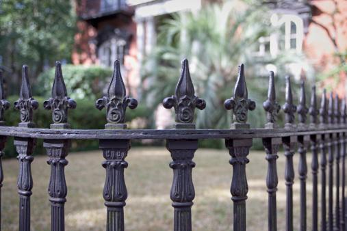 Fleur De Lys「Wrought Iron Fence (XXL)」:スマホ壁紙(18)
