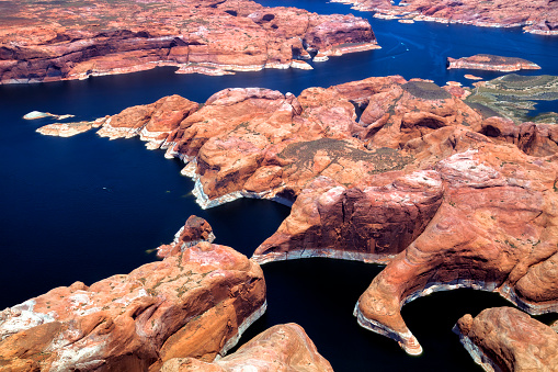 Glen Canyon National Recreation Area「Colorado River, Lake Powell, Aerial View, Utah, Arizona, USA」:スマホ壁紙(11)