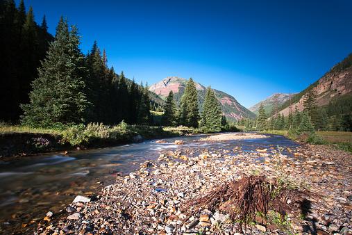 Water's Edge「USA, Colorado, River near Silverton」:スマホ壁紙(16)