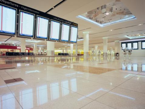 Arrival「Flight information displays at Dubai Airport」:スマホ壁紙(15)