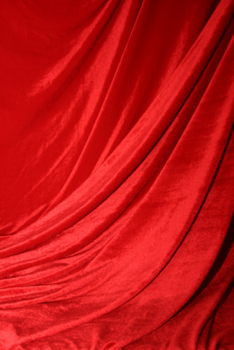 Velvet「A dramatic red curtain like at a play」:スマホ壁紙(2)