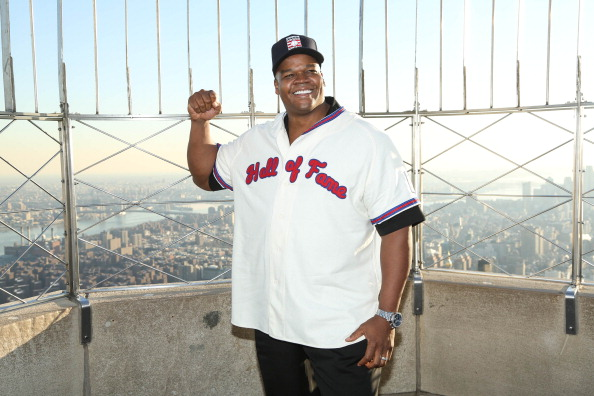 Empire State Building「2014 Baseball Hall of Fame Electees Visit The Empire State Building」:写真・画像(12)[壁紙.com]