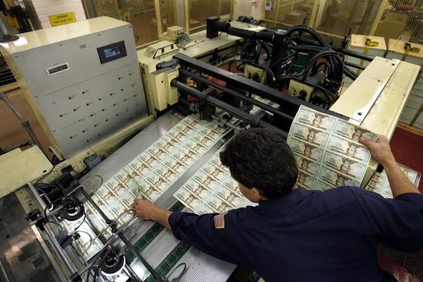 Damaged「U.S. Treasury Re-Designs Dollar Notes」:写真・画像(6)[壁紙.com]