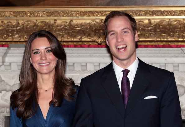 Fiancé「Clarence House Announce The Engagement Of Prince William To Kate Middleton」:写真・画像(9)[壁紙.com]